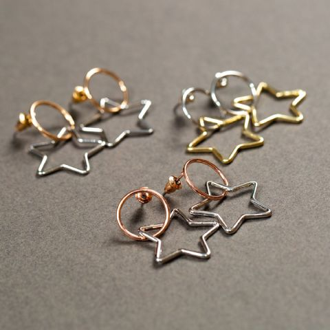 BENOITE 2 TONE STAR EARRINGS GOLD HOOP